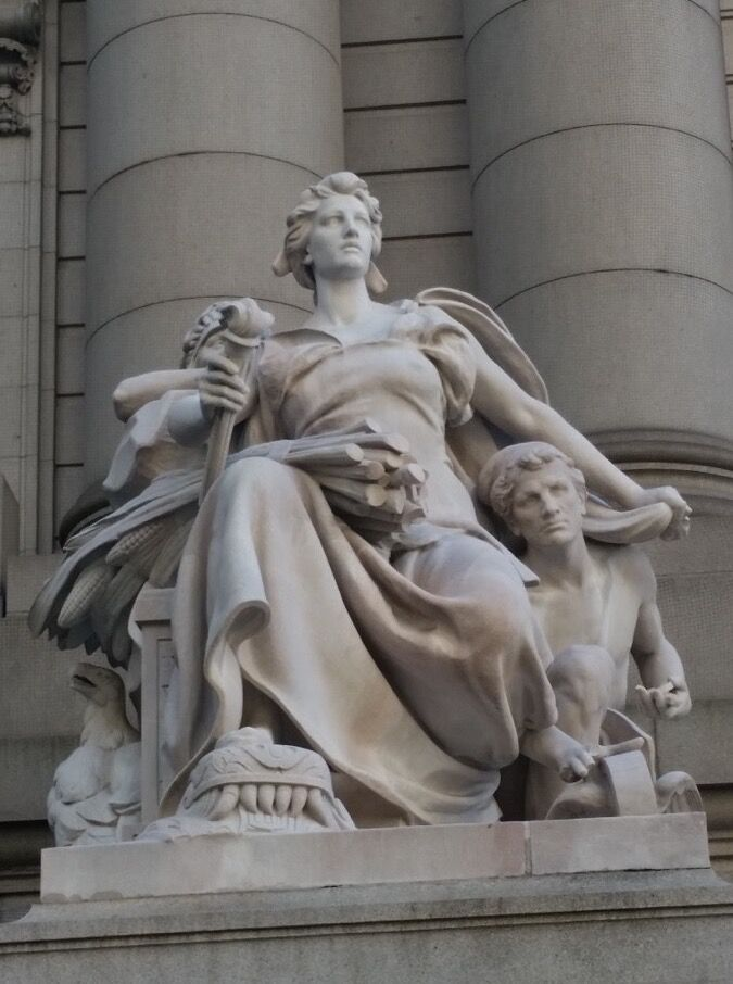 Daniel Chester French, The Four Continents at the Alexander Hamilton Custom House, Bowling Green, New York, 2015. Photo via Wikimedia Commons.