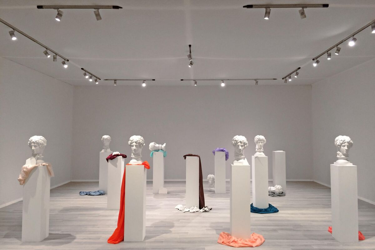 Giulio Paolini, Nine Plaster Casts, 1981–84. Courtesy of Cardi Gallery.