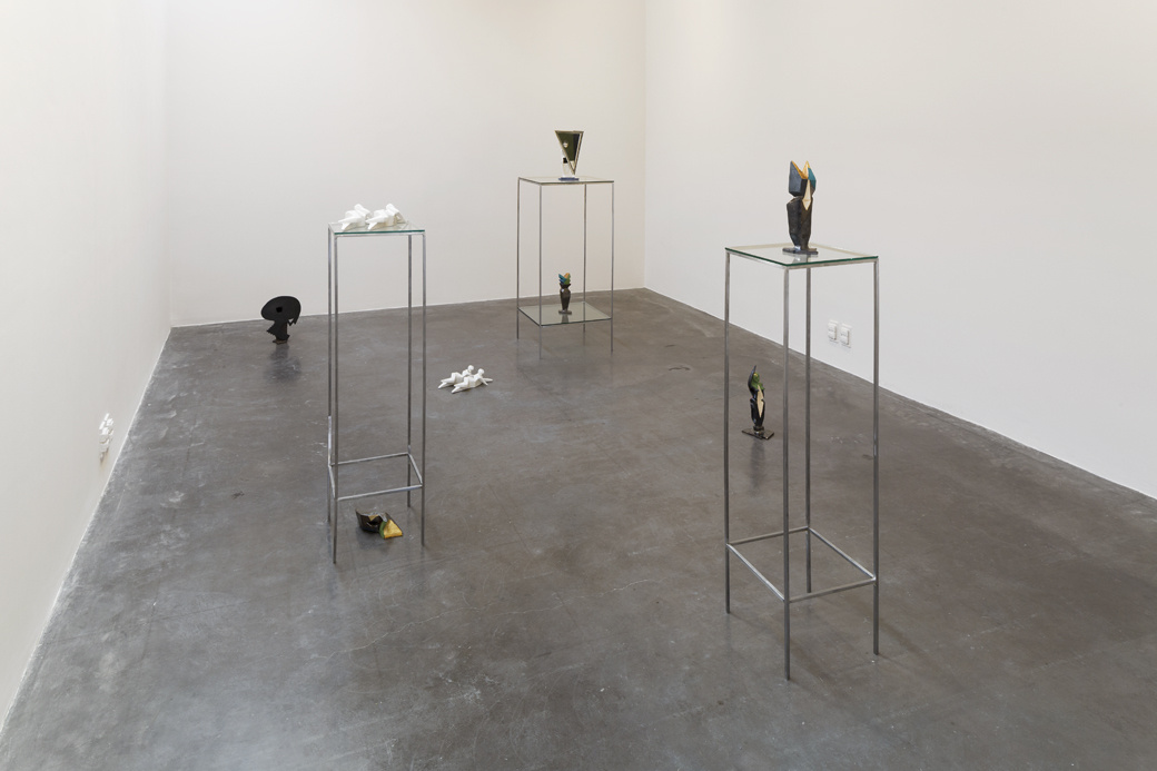 Installation view of work by Jimena Mendoza. Photo by Diego Pérez, courtesy of the artist and kurimanzutto, Mexico City.