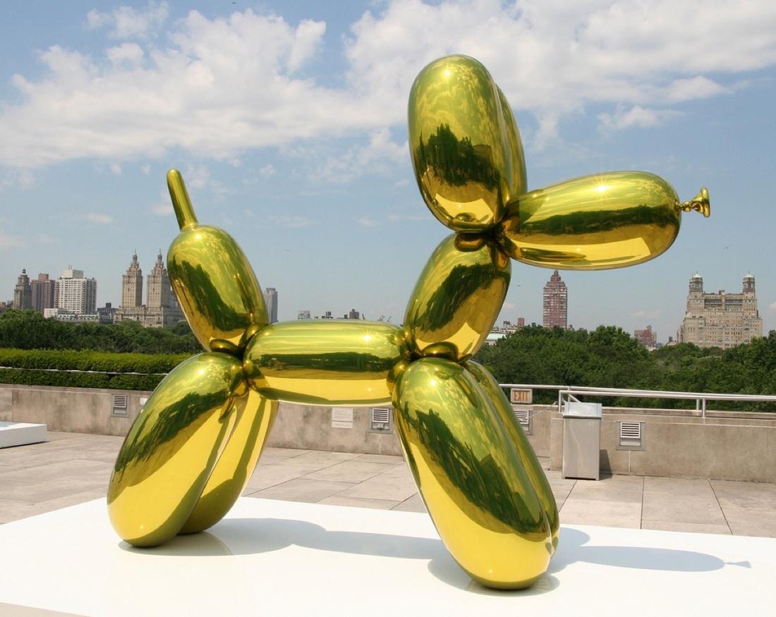 Jeff Koons, Balloon Dog, via Flickr.