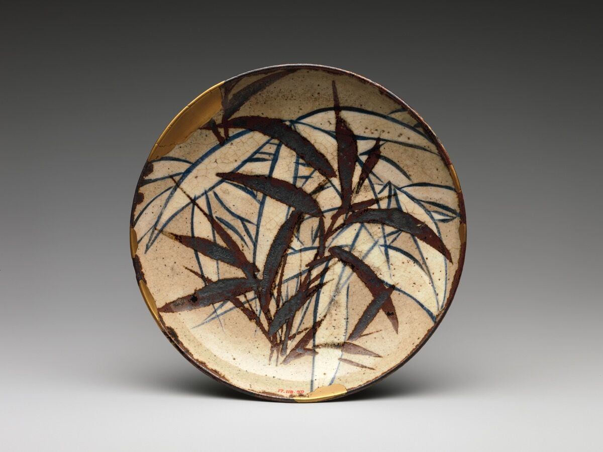 Kenzan-style Dish with Bamboo Leaves, in the style of Ogata Kenzan. 17th-18th century. Courtesy of the Metropolitan Museum of Art.