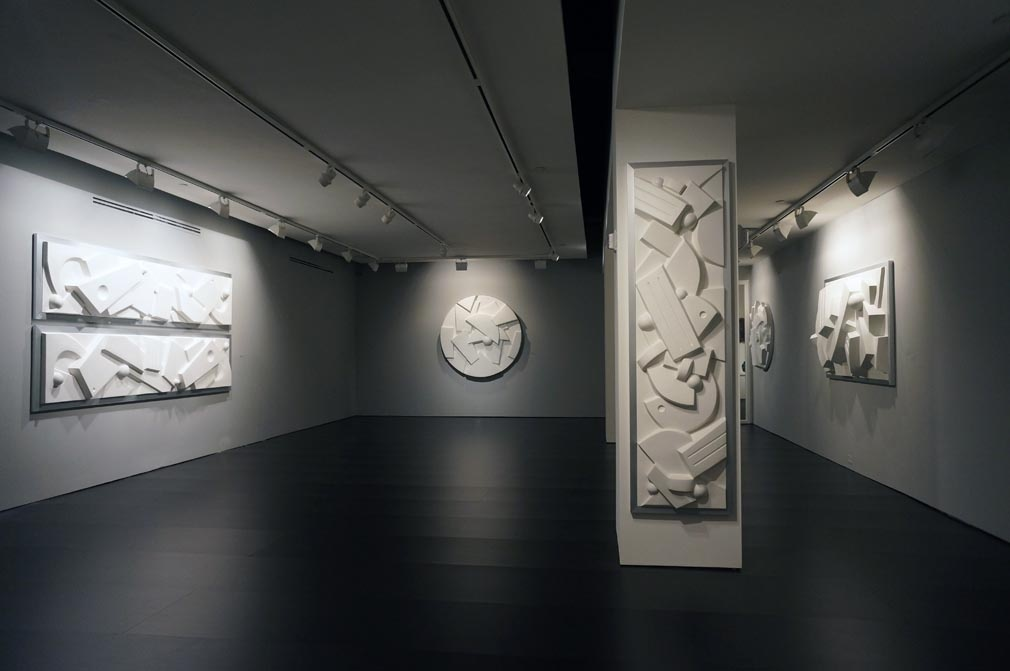 """Installation view of """"Sophia Vari: In Relief"""" at Nohra Haime Gallery, New York. Courtesy Nohra Haime Gallery and the artist"""