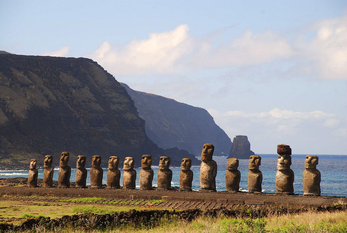 Moai. Photo by RS, via Flickr.