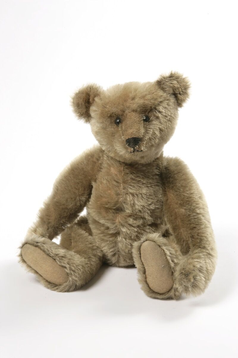 Teddy Bear manufactured by Margarete Steiff, ca. 1906-10. © Victoria and Albert Museum, London.