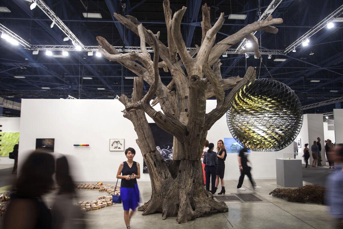 Installation view of Art Basel in Miami Beach, 2015.Photo byOriol Tarridas for Artsy.
