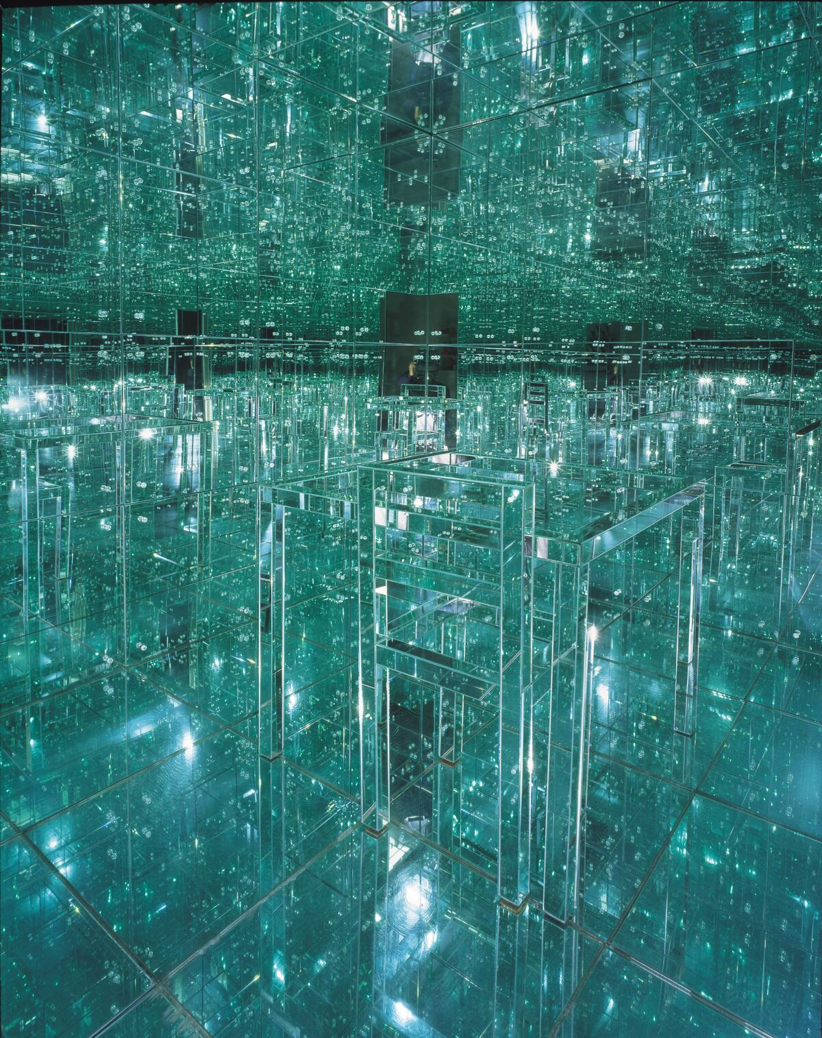 Installation view of Lucas Samaras, Mirrored Room, 1996. Photo by Tom Loonan. Courtesy of the Albright-Knox Art Gallery, Buffalo, New York.