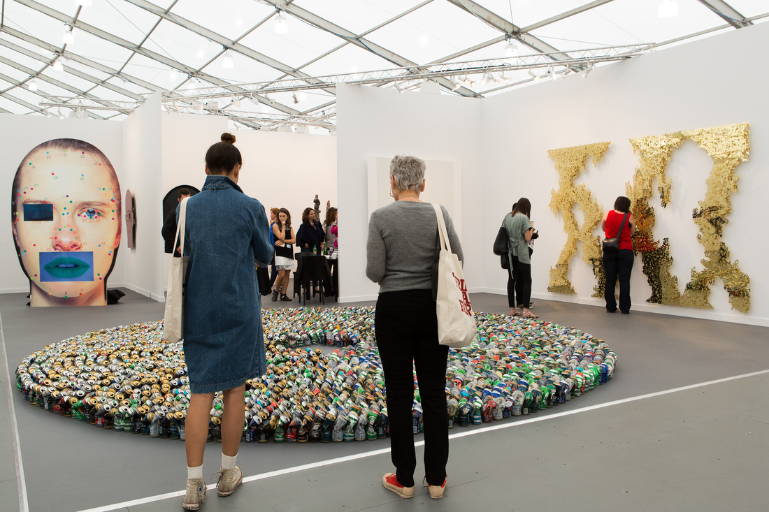 Photograph of Lehmann Maupin's booth at Frieze New York 2015 by Marco Scozzero, courtesy of Marco Scozzero/Frieze.