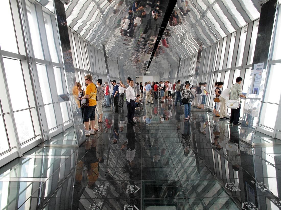 Shanghai World Financial Center. Photo by Curt Smith via flickr.
