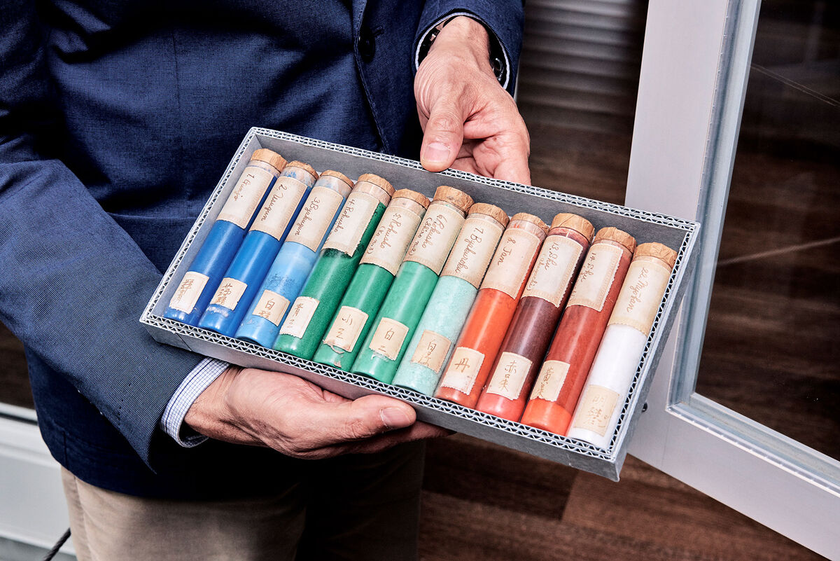 Pigments collected by Edward Forbes during a 1932 trip to Japan. Photo by Tony Luong for Artsy.