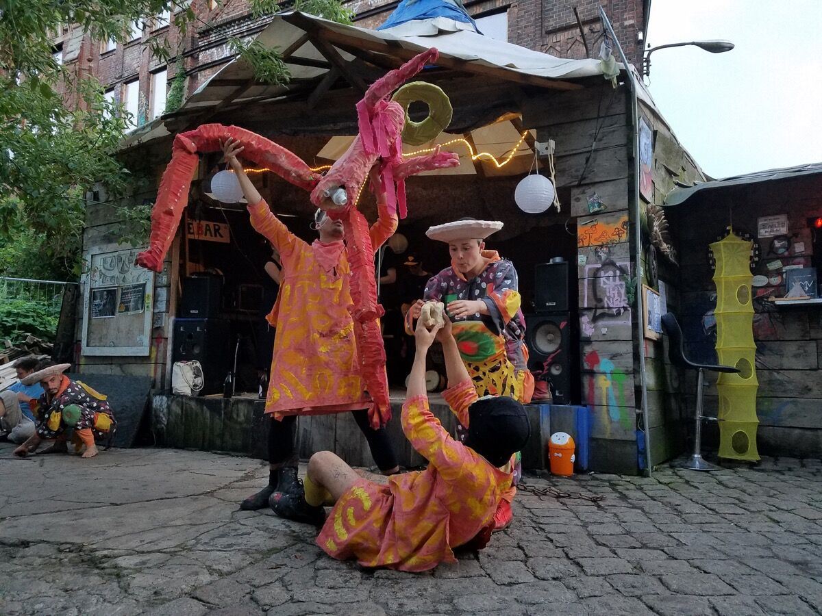 Poncili Creación performing at Teepee Land in Berlin, August 2017. Photo by Scott Indrisek.