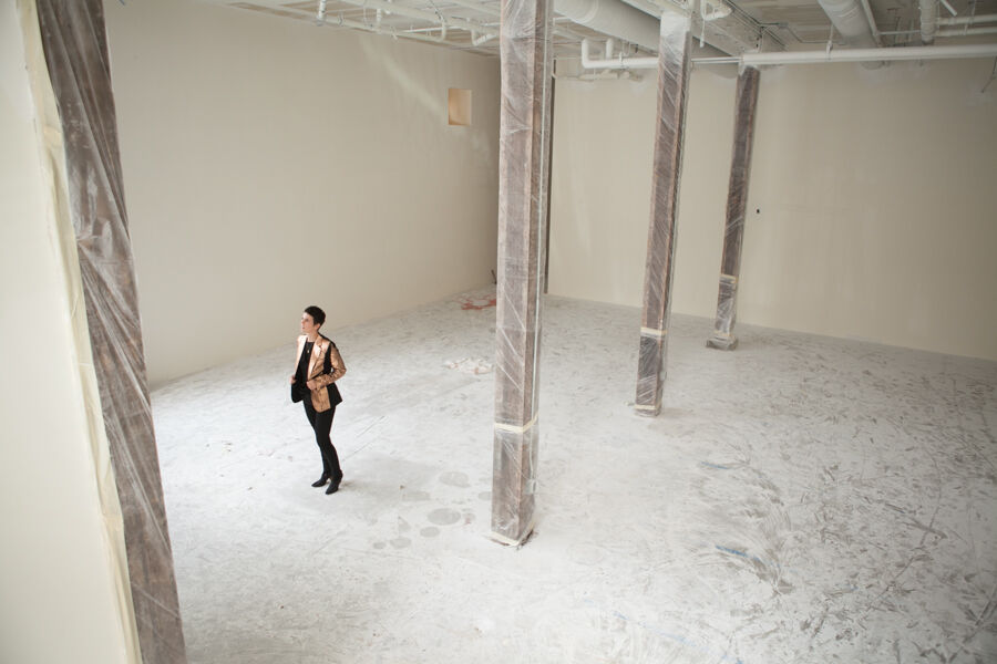 Portrait of Jessica Silverman while building out her gallery at 488 Ellis Street, San Francisco, in 2013. Courtesy of Jessica Silverman Gallery.