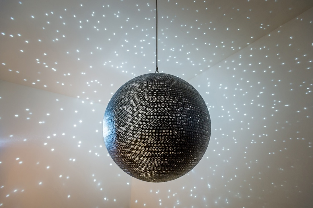 Katie Paterson, Totality, 2016. Photo © Ben Blackall.Courtesy of the artist and the Lowry.