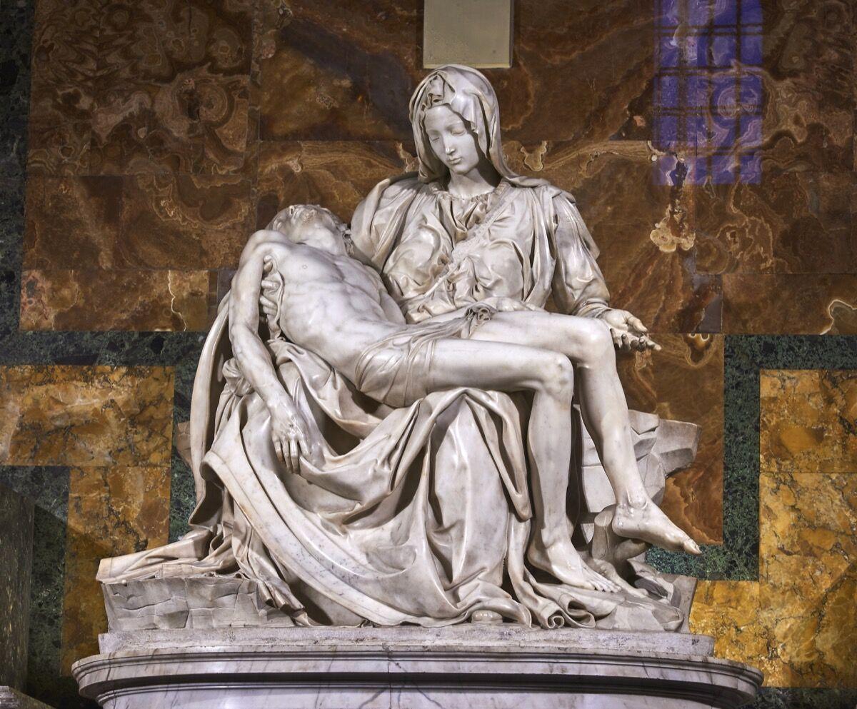 Michelangelo,Pietà(1498-99). Image courtesy ofJuan M Romero via Creative Commons.