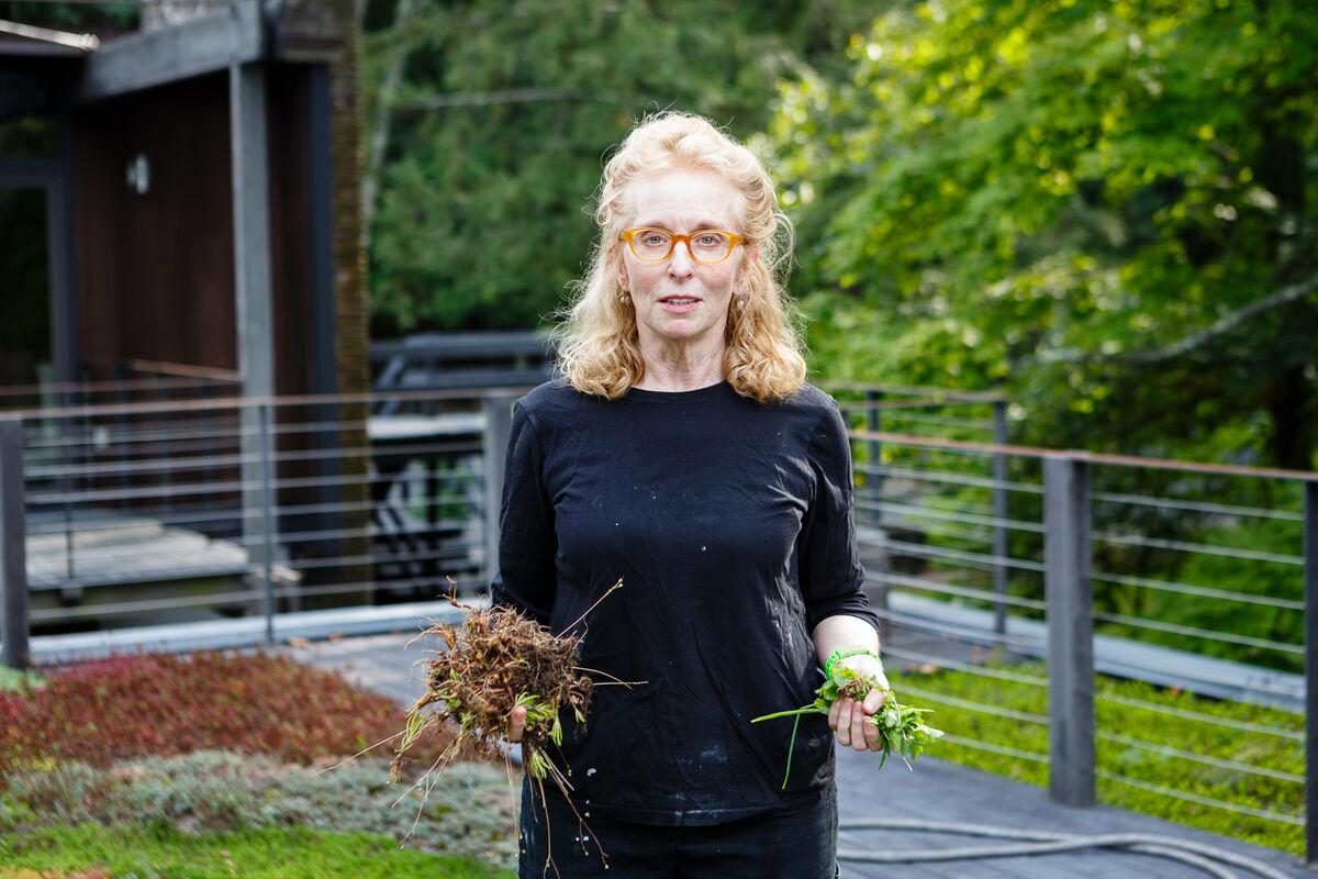 Arlene Schechet at her Woodstock studio, © Ruthie Abel