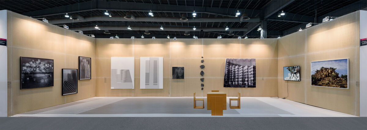 Installation view of alexander levy and DITTRICH & SCHLECHTRIEM's booth at ZsONA MACO 2016. Photo courtesy of DITTRICH & SCHLECTRIEM.