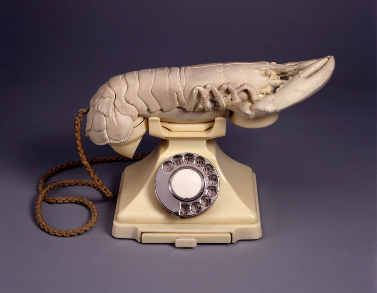 Salvador Dalí, Aphrodisiac Telephone (Lobster Telephone), 1938. Worldwide rights © Salvador Dalí. Fundacio Gala-Salvador Dalí (Artists Rights Society), 2017 / In the USA © Salvador Dalí Museum, Inc. St. Petersburg, FL 2017.
