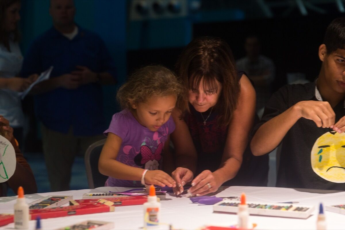 Karen Pence participating in an art session in Puerto Rico. Courtesy of the White House.