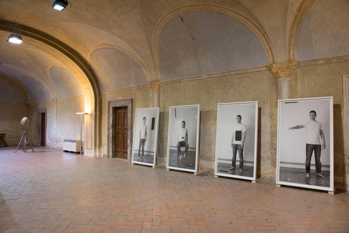 Damir Očko, Study on Shivering series, 2013, GRANPALAZZO 2015. Courtesy of the artist and Galleria Tiziana Di Caro, Naples.