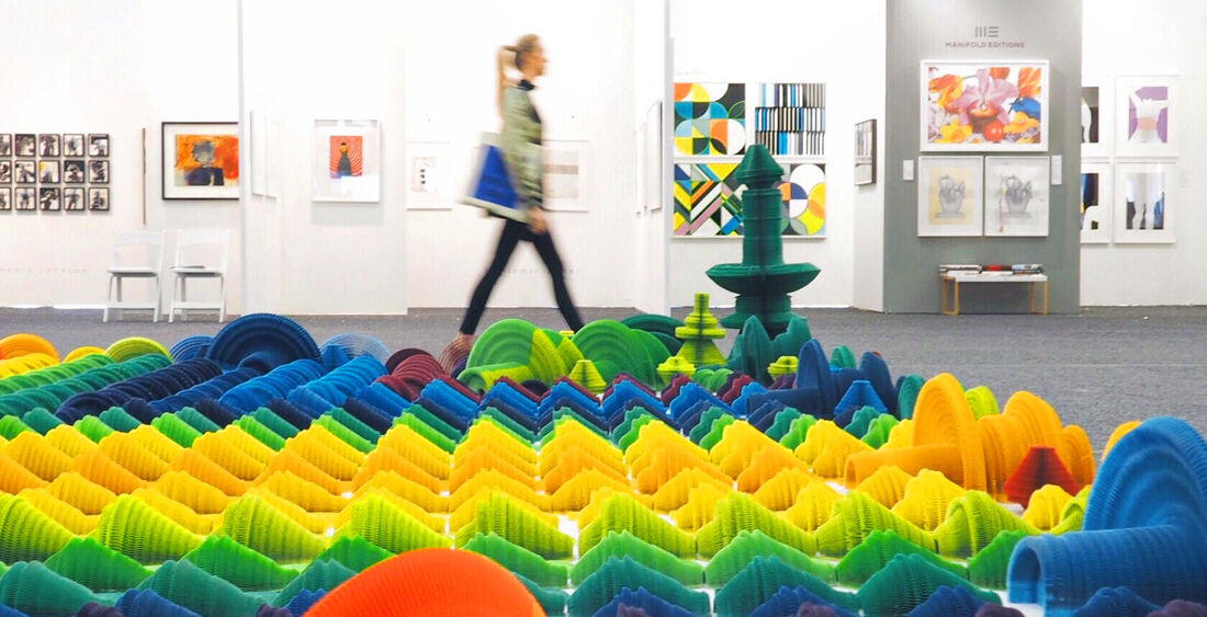 "Li Hongbo, ""Rainbow"" (2015) at the 2016 Art on Paper Fair."