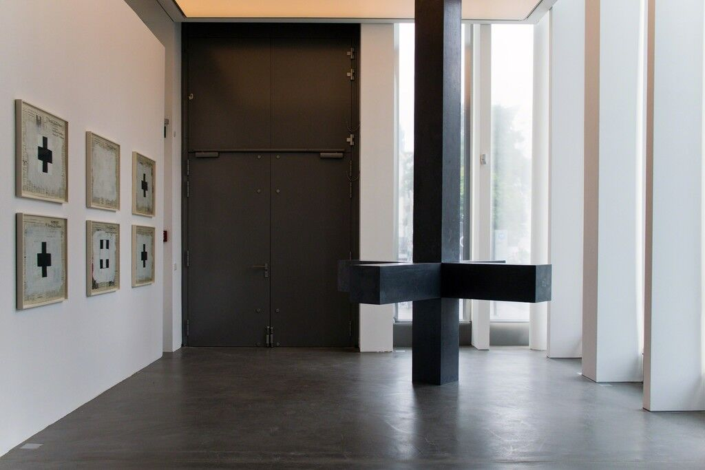 "Installation view of ""Robert Longo 'The Invention of Zero (after Malevich), 1991,'"" at Galerie Hans Mayer, Düsseldorf. Courtesy Galerie Hans Mayer and the artist"