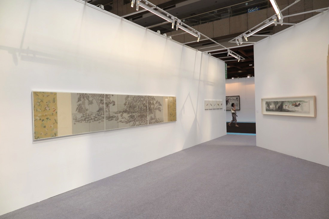 Installation view of Tina Keng Gallery's booth at Art Taipei 2015. Photo courtesy of the gallery.