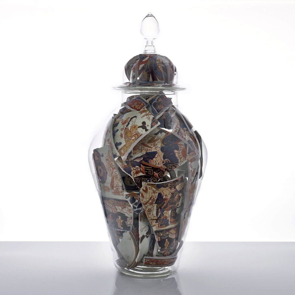 Bouke de Vries, Memory Vessel XLVIII, 2016 on view at Adrian Sassoon at TEFAF Maastricht, 2017. Courtesy of TEFAF Maastricht.