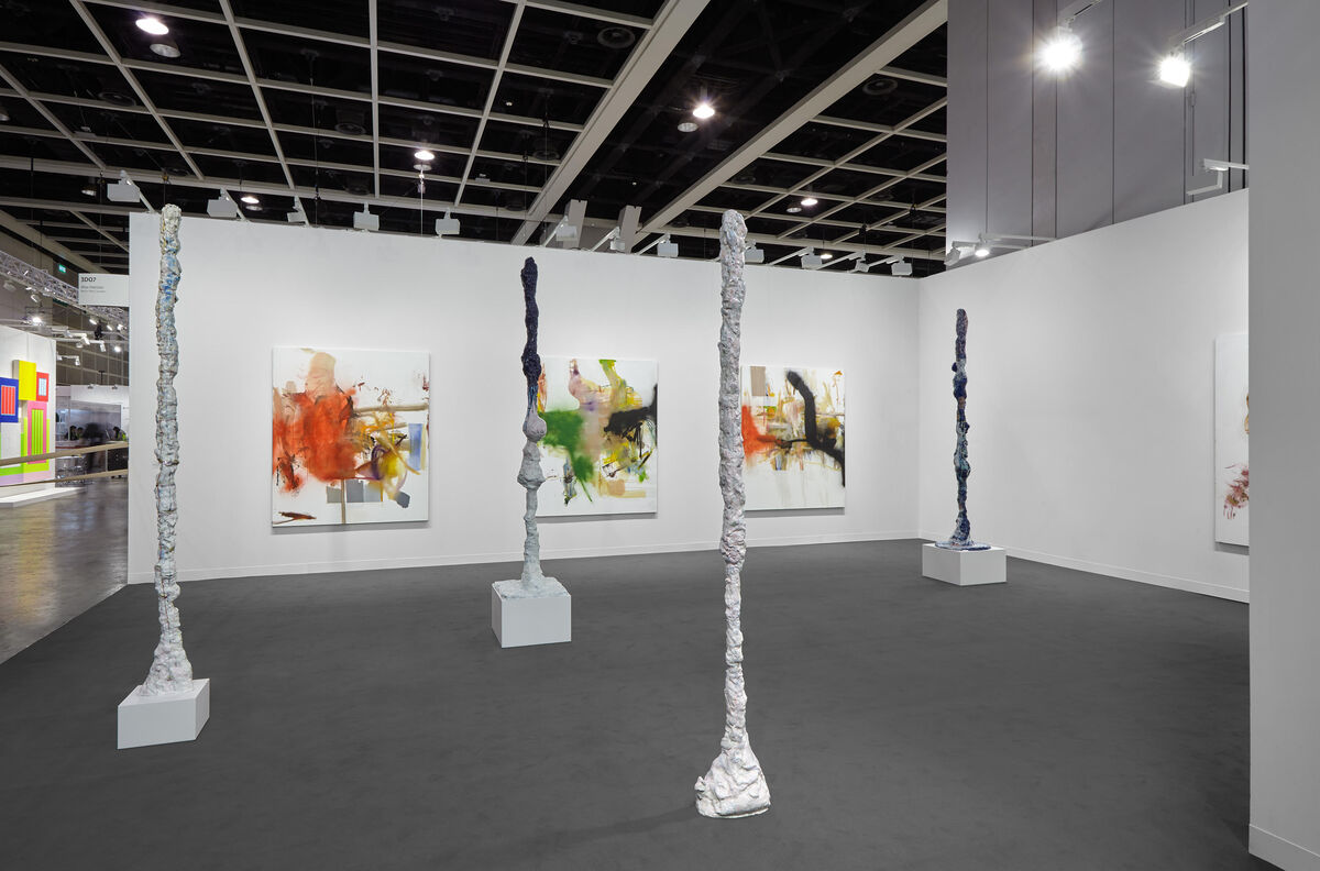 Installation view of Galerie Max Hetzler's booth at Art Basel in Hong Kong, 2019. Courtesy of Galerie Max Hetzler.