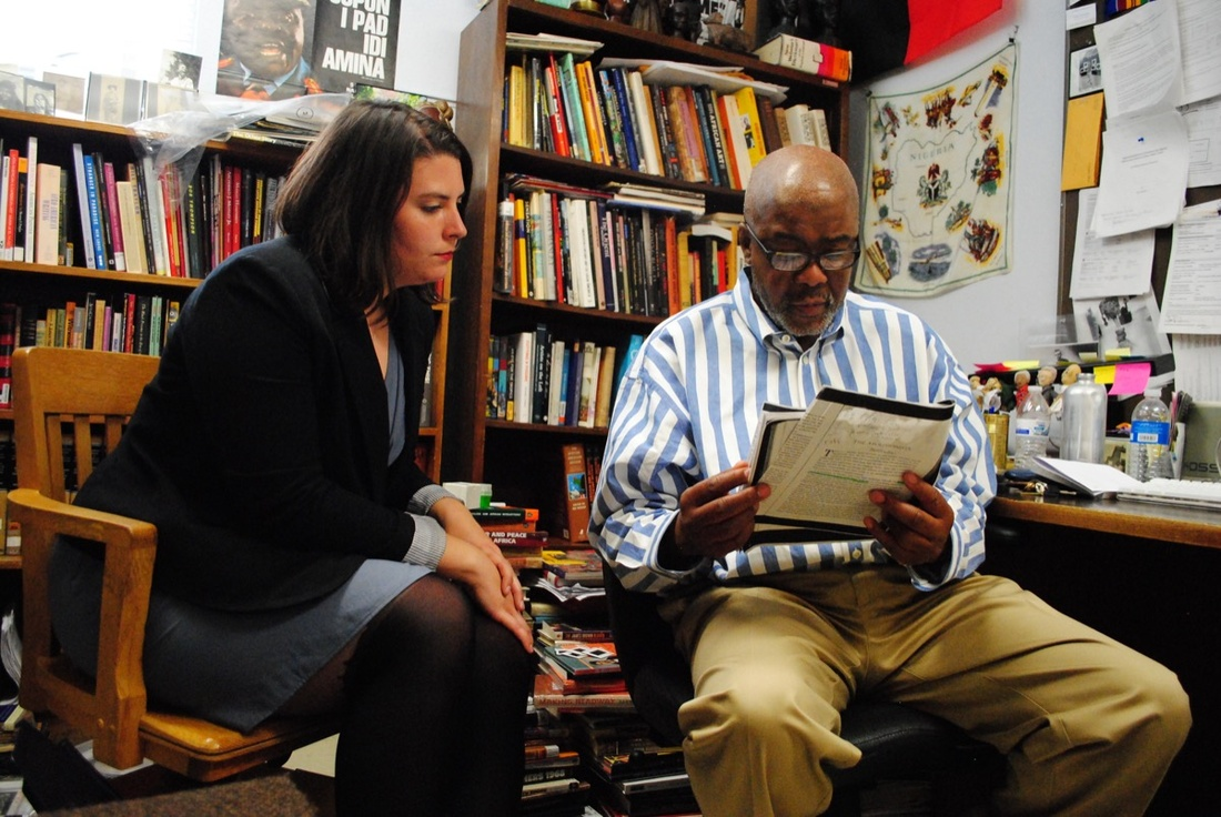 Art History Professor Eddie Chambers in conversation with a student. Courtesy of The University of Texas at Austin.