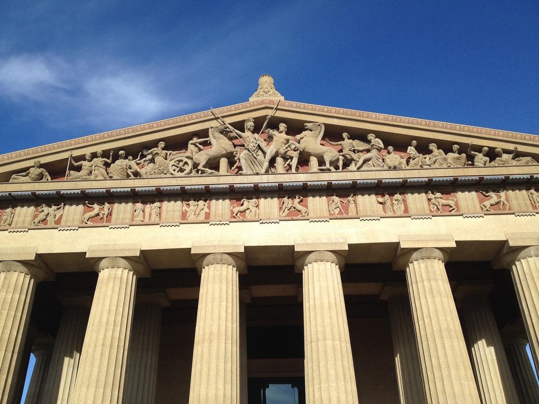 Parthenon, Nashville. Photo by Dani Chalkr.