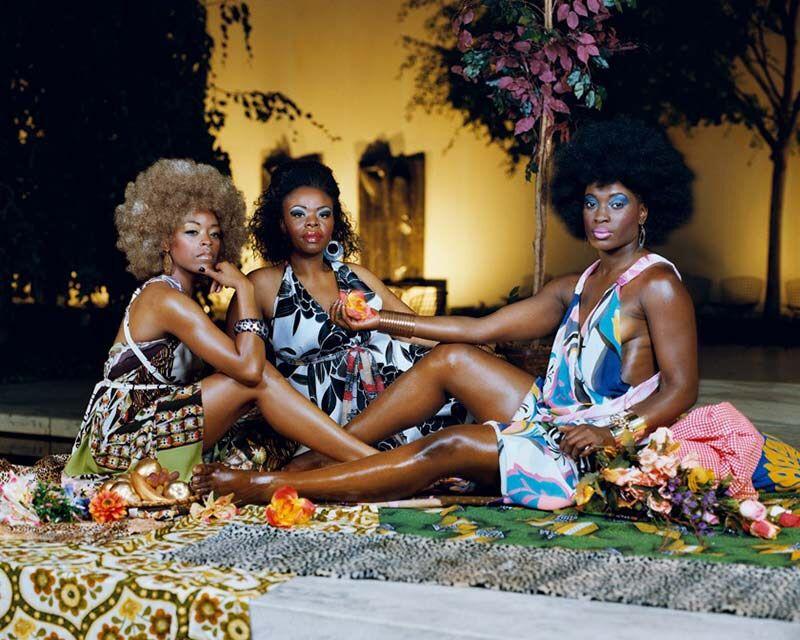 Mickalene Thomas,Le déjeuner sur l'herbe: les trois femmes noires, (2010)
