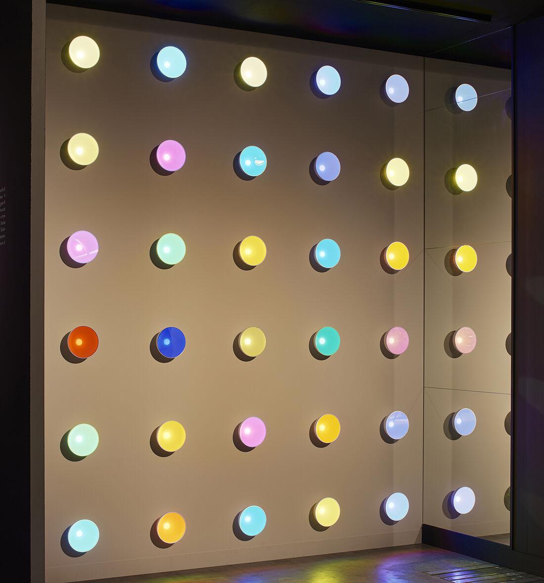 Priveekollektie Contemporary Art | Design presents Baby Shimmer by Dominic Harris