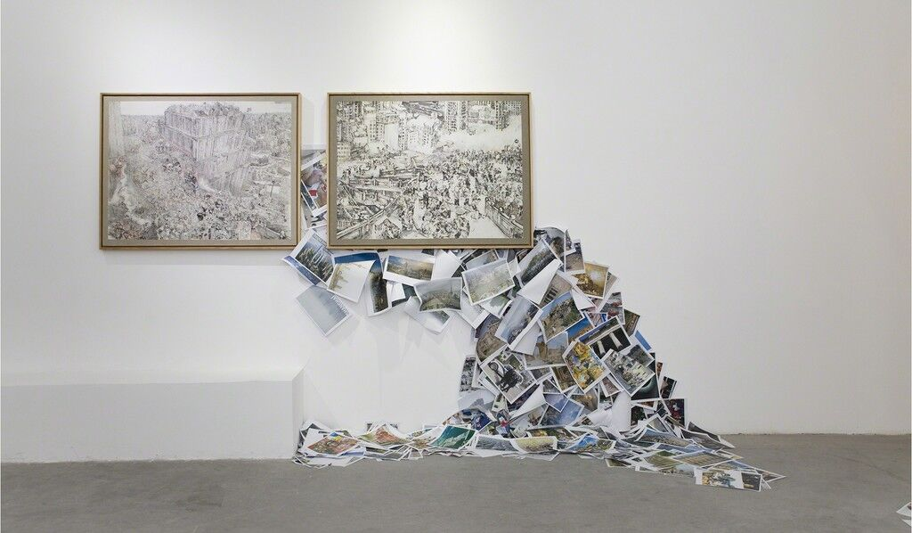 "Installation view of ""Du Zhenjung: Babel World,"" courtesy Pearl Lam Galleries."