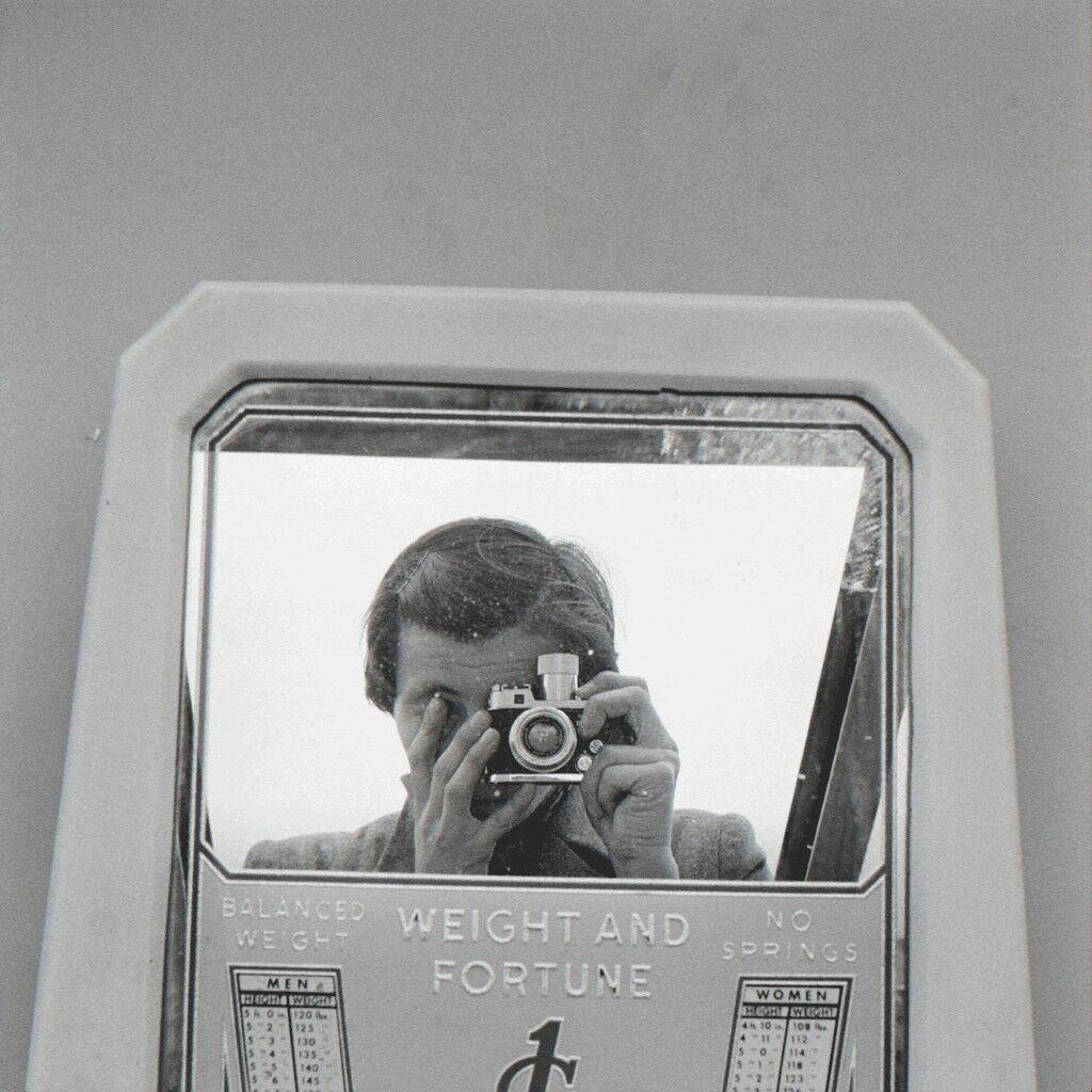 6323-42 Self Portrait