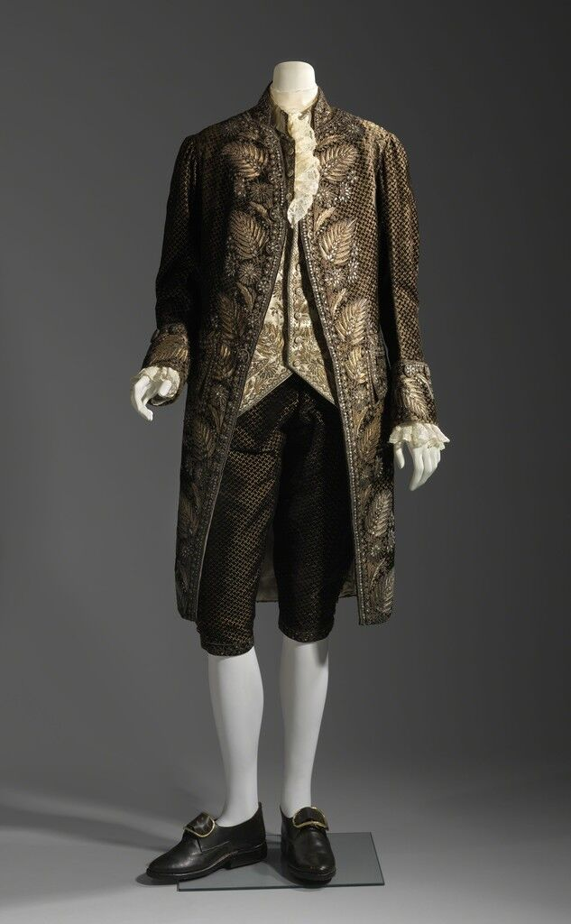 Suit, French