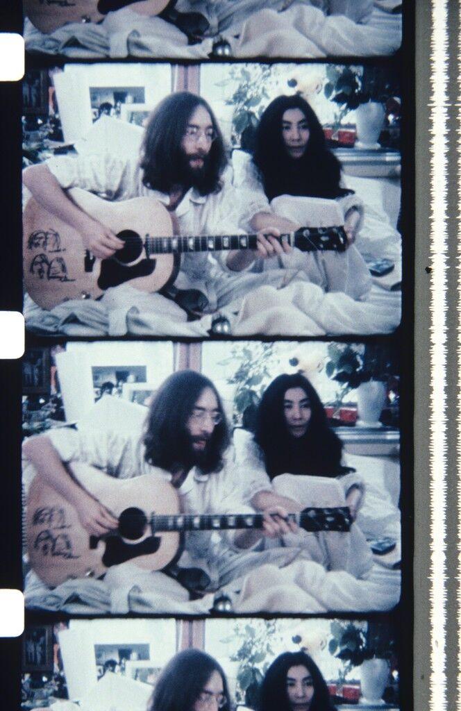 John & Yoko BED-IN FOR PEACE