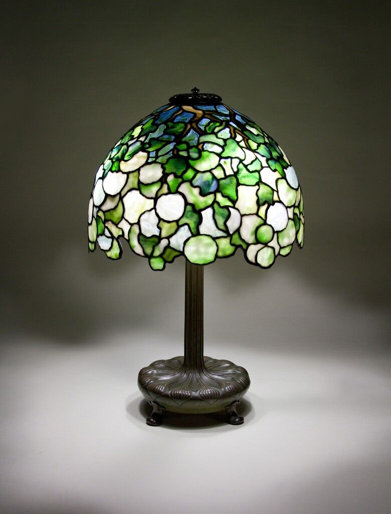Snowball Table Lamp