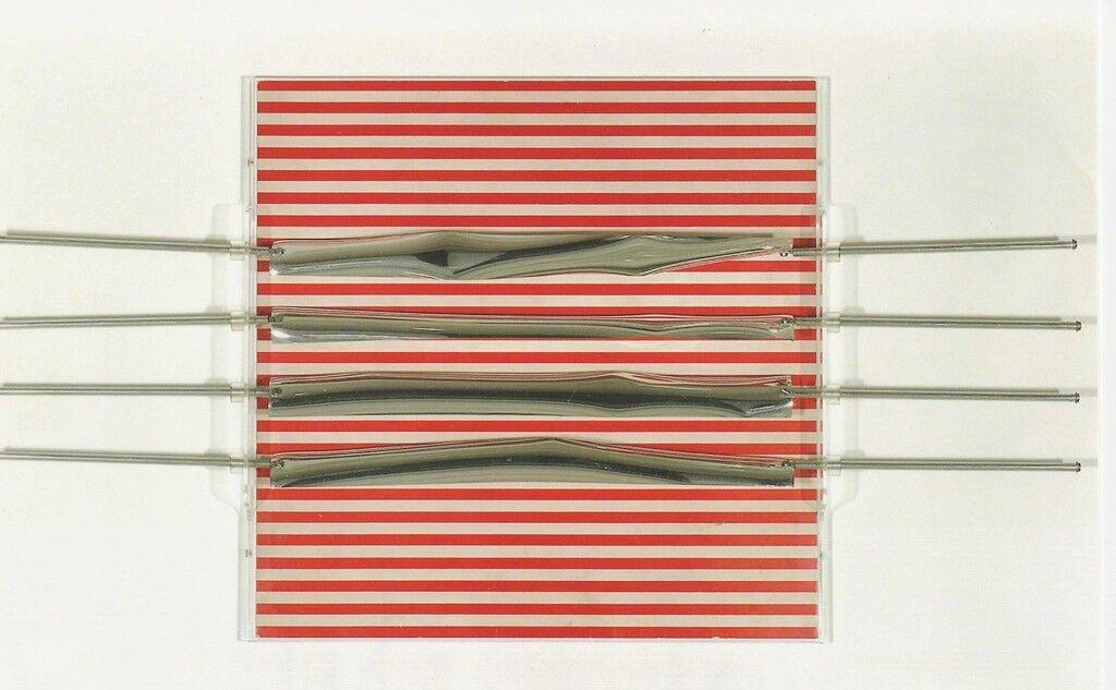 Relief 19, 1970 Brodure Transparente 12/200 15.7 x 15.7 x 1.5 in. 40 x 40 x 4 cm
