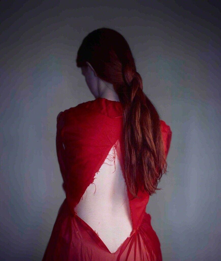Calypso, Red Dress