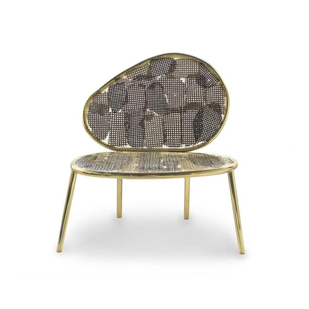 Racket and Detonado Chair