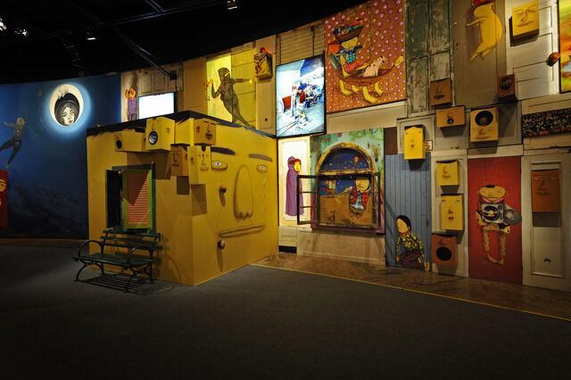 """Exposição """"Vertigem"""", Museu de Arte Brasileira – FAAP, São Paulo, Brasil.Primeira exposição itinerante no Brasil;exposição de maior público do MAB até então."""