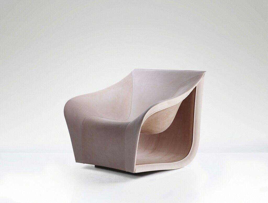Split Chair Nude