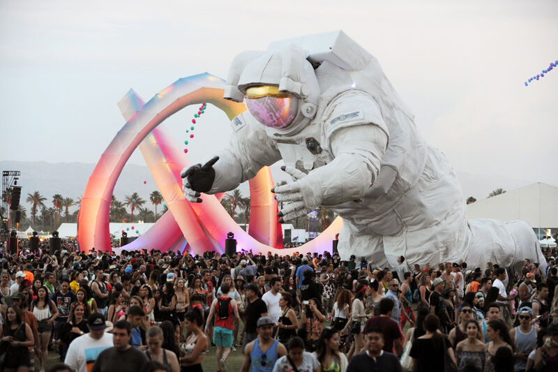 8bf738dd7 How the Massive Artworks at Music Festivals Are Created