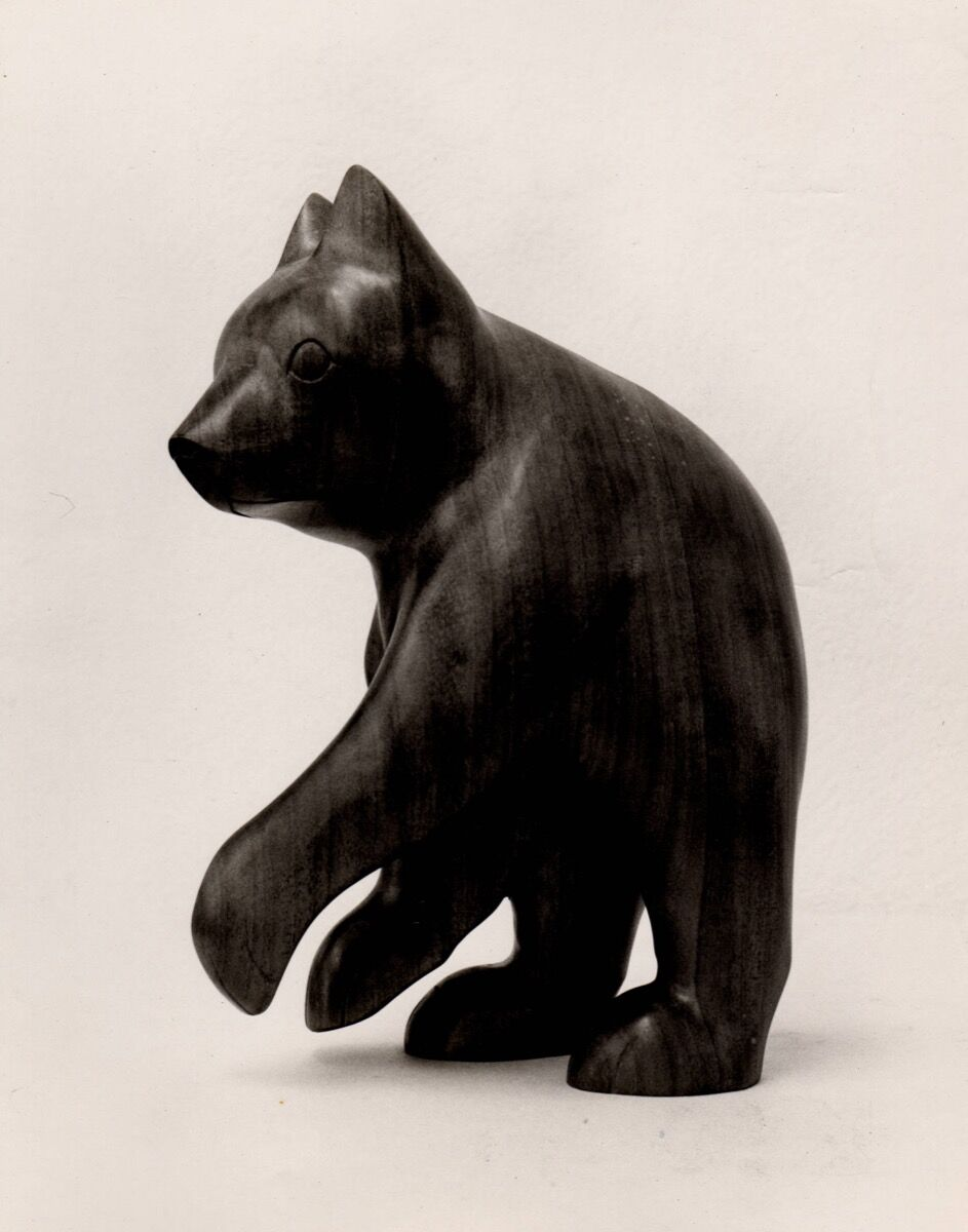 Amanda Crowe woodcarving of a bear, Hunter Library Digital Collections, Western Carolina University. Image courtesy of Qualla Arts and Crafts Mutual, Inc.