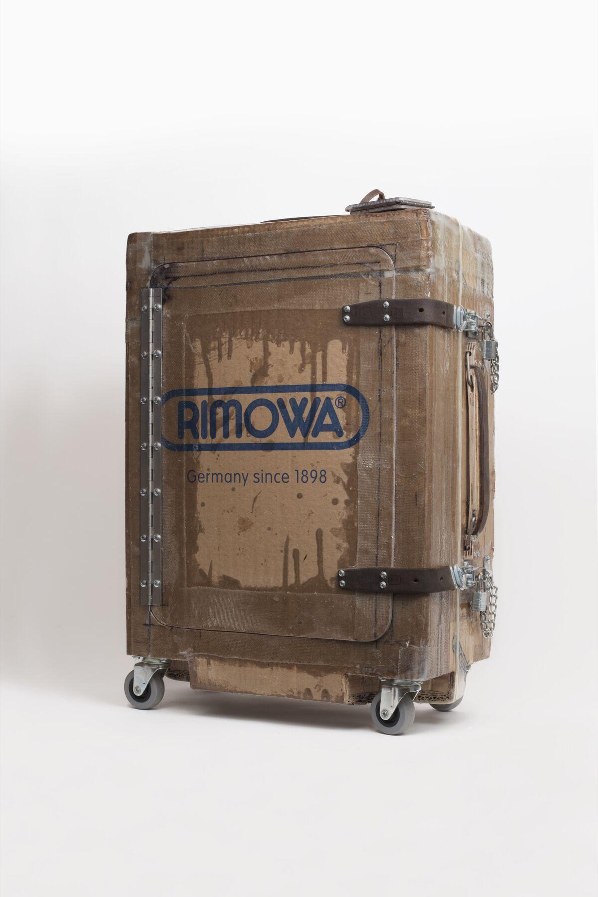 Tom Sachs, Luggage (Rimowa), 2016. © Tom Sachs. Courtesy of Galerie Thaddaeus Ropac, London, Paris, Salzburg.