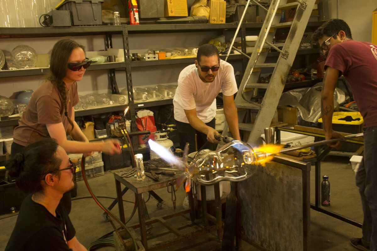 Kelly Akashi and assistants working on November 23, 2019 at KT Glassworks, Los Angeles, CA.