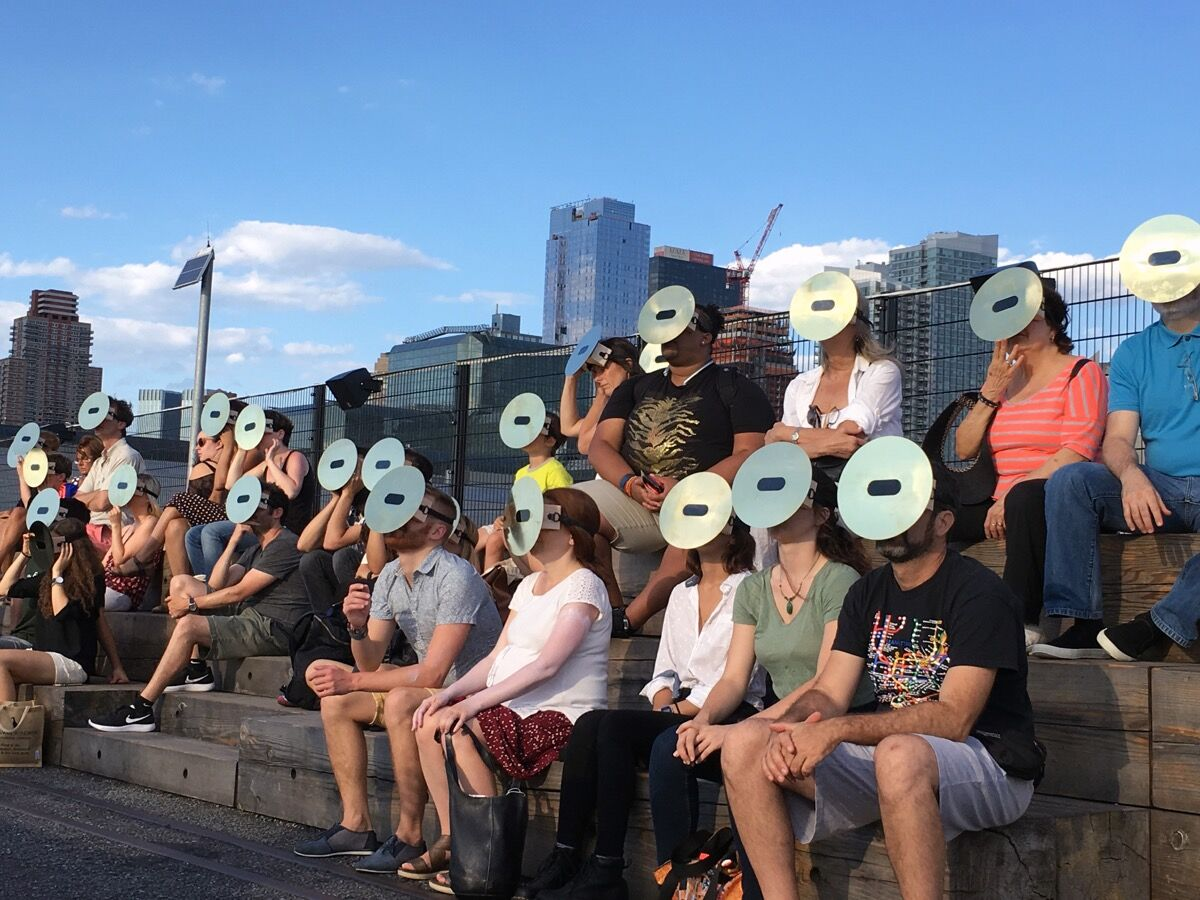 Eduardo Navarro,We who spin around you, 2016. A High Line Performance.On view July 19–21, 2016. Courtesy of Friends of theHighLine.