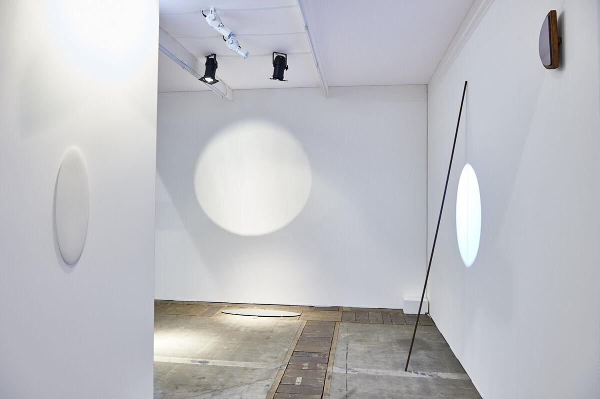 Installation view of Germaine Kruip's presentation at G262 Sofie Van de Velde. Courtesy Art Brussels 2015.