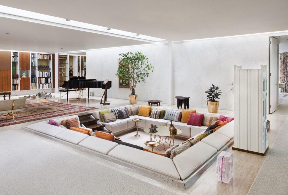 Step Inside Modernist Master Eero Saarinen\'s Iconic Miller House - Artsy