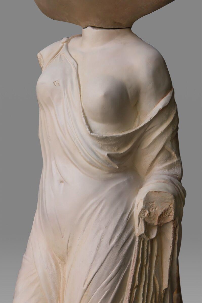 Xu Zhen®, detail of Eternity—Male Figure, Statue of Venus Genetrix, 2019–20. Courtesy of XU ZHEN® and James Cohan, New York.
