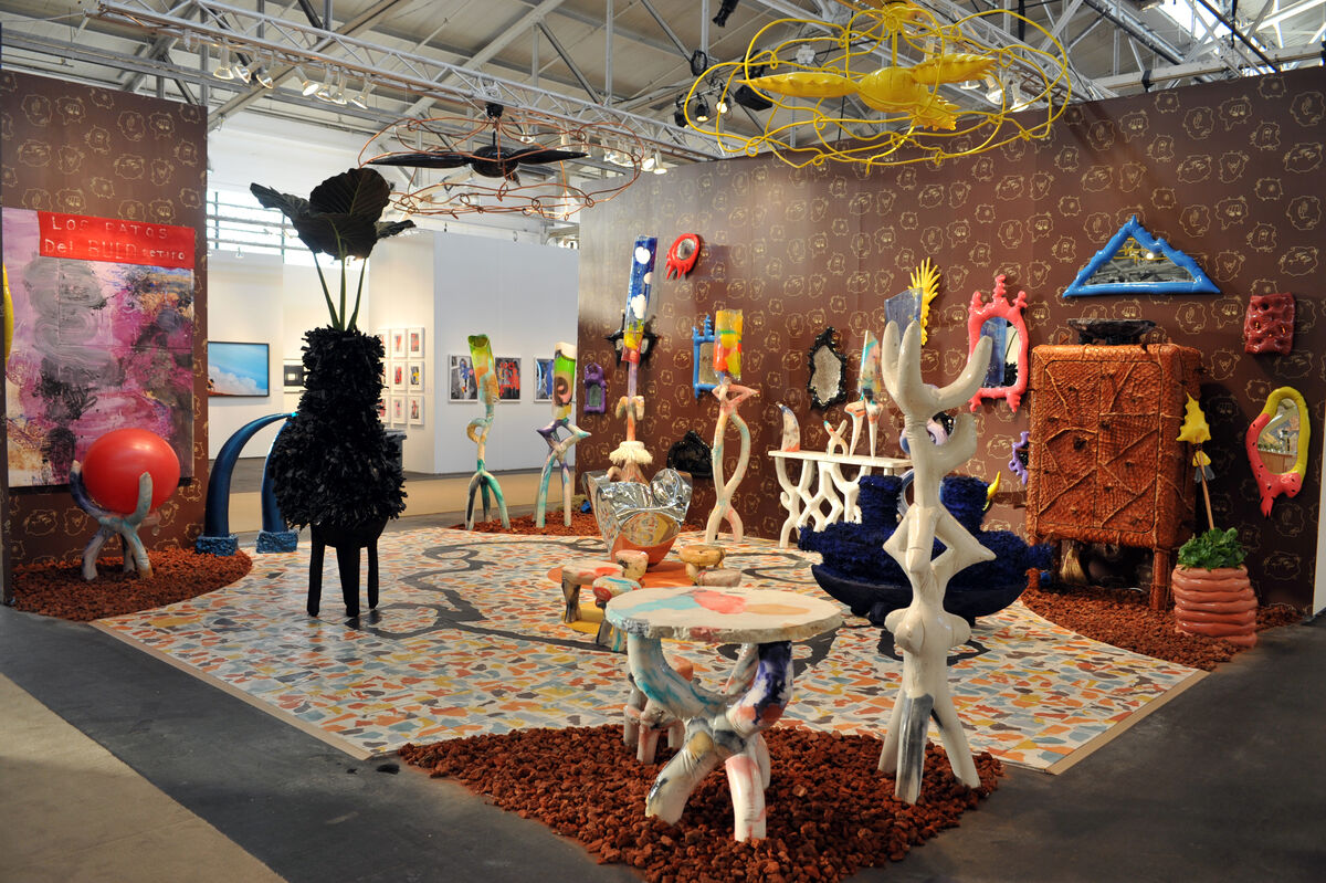 Installationimage of Friedman Benda's booth by Joseph Driste, courtesy FOG Design+Art